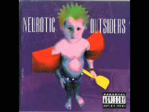 Neurotic Outsiders  Six Feet Under
