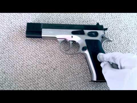 Swiss Sphinx AT 2000 S Handgun overview / Close Up / shooting