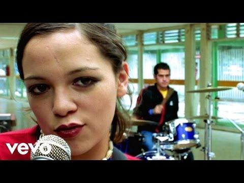 Natalia y La Forquetina - En El 2000 (Version Quincea�era)