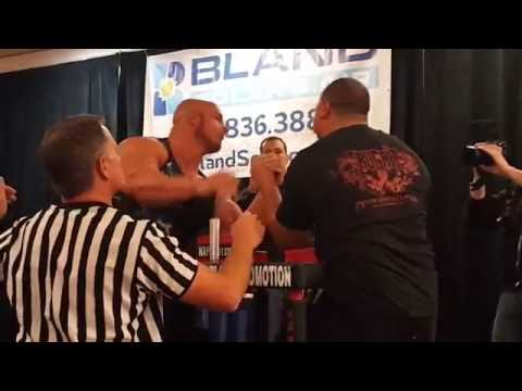 Chris Chandler vs Herman Stevens (100 kg+ left) @ 911 Classic Armwrestling 2016