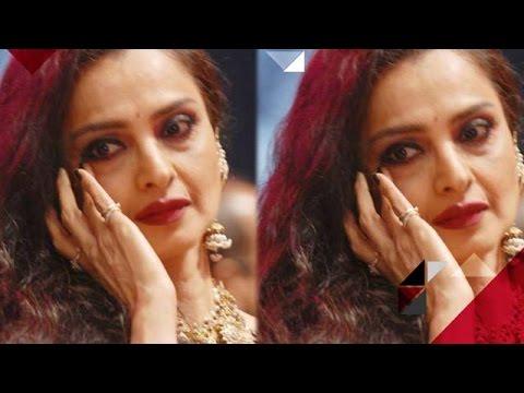 Aww! Rekha Gets Emotional For Amitabh Bachchan   Bollywood News