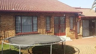 3 Bedroom House For Sale In Zwartkop, Centurion, South Africa For Zar 1,390,000...
