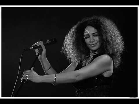Ghalia Benali Feat Tom Cohen - Lamouni Li Gharou Meni