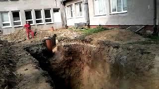 Osadenie zumpy do vykopu