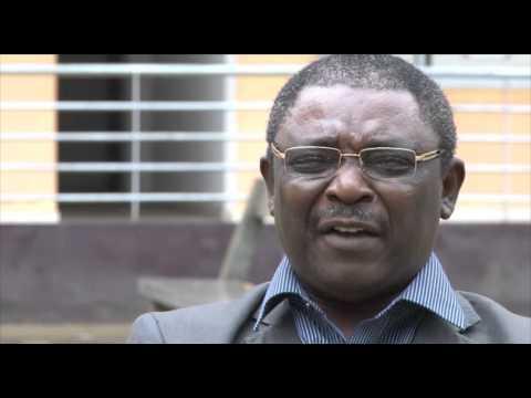 Pr Robert Nzengwa Doyen faculté de Génie Industriel Université Douala à l'émission MANEGE DU SAVOIR
