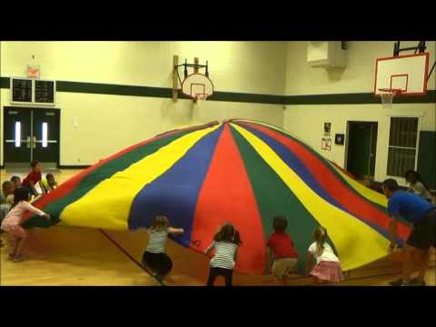 Parachute-in-Gym-Class-at-Ellisville-Elementary