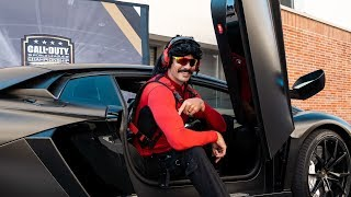 drdisrespect-at-the-call-of-duty-world-league-championship