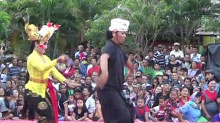 Video JOGED BUMBUNG GIANYAR PENGIBING CUTE BIKIN GREGET PKB 2017 BALINESE DANCE FULL HD download MP3, 3GP, MP4, WEBM, AVI, FLV Januari 2018