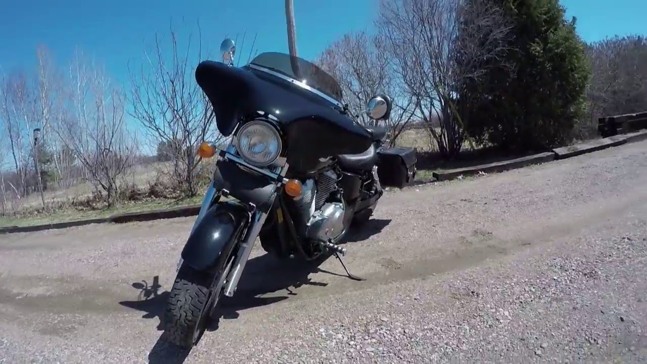 memphis shades batwing install on a honda shadow ace - youtube