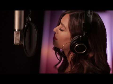 Janine - Don't Love Me (Live Acoustic)