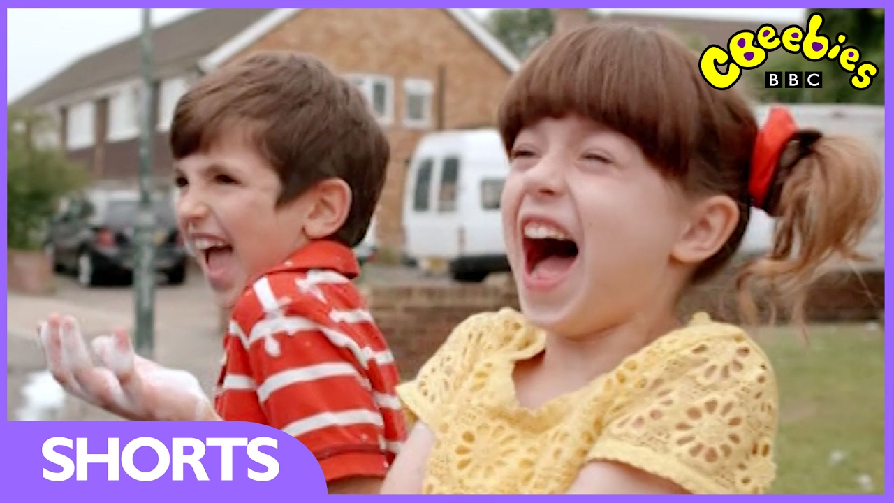 topsy and tim top 5 funny moments cbeebies youtube. Black Bedroom Furniture Sets. Home Design Ideas