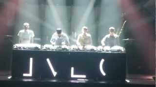 "C2C intro ""the cell"" live @ zenith Montpellier le 20 fevrier 2013"