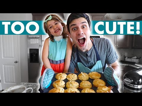 GLUTEN FREE MUFFIN RECIPE! | BAKING WITH A 5 YEAR OLD IS TOO FUNNY!