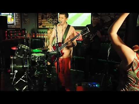 Мумий Тролль - Владивосток 2000 (кавер гр. Радио Ночь - Harat's Pub - 24.06.2017)