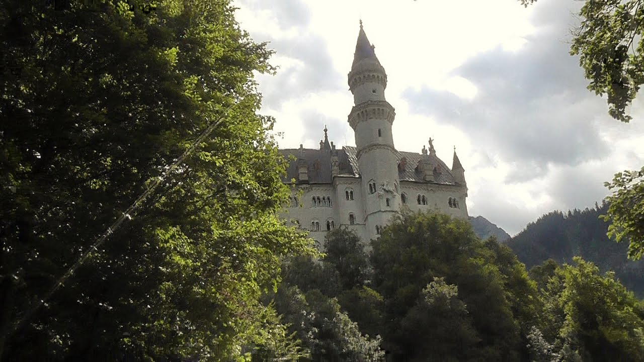 REAL DISNEY CASTLE - Neuschwanstein Castle, Germany - Leonard Does ...