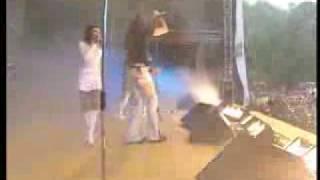 Baixar Camilla Live at NRJ summer concert 12 Jun 2004 PAL DTV