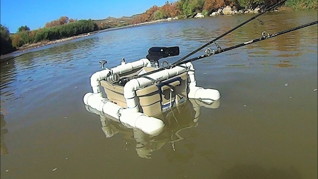 Diy floating camera base and fishing rod holder youtube for Wade fishing caddy