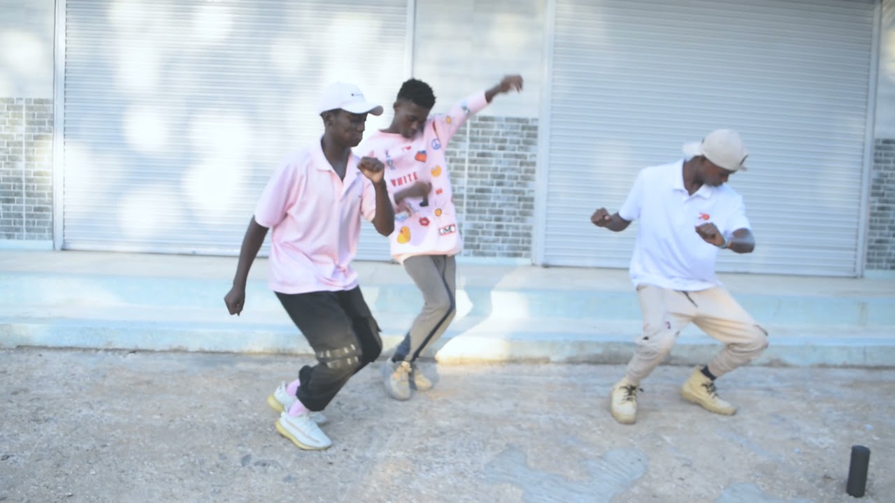 Download Spin this Coupe by Abracadabra- dance video by Elevators dance crew