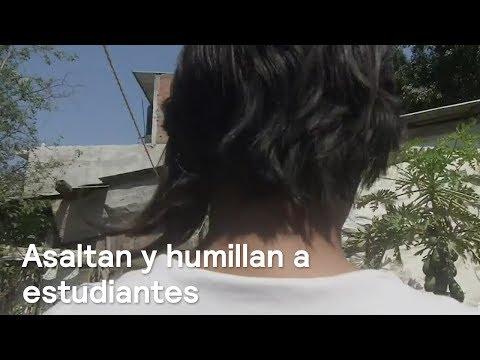 Grupo armado asaltan y humillan a estudiantes de Acapulco - En Punto con Denise Maerker