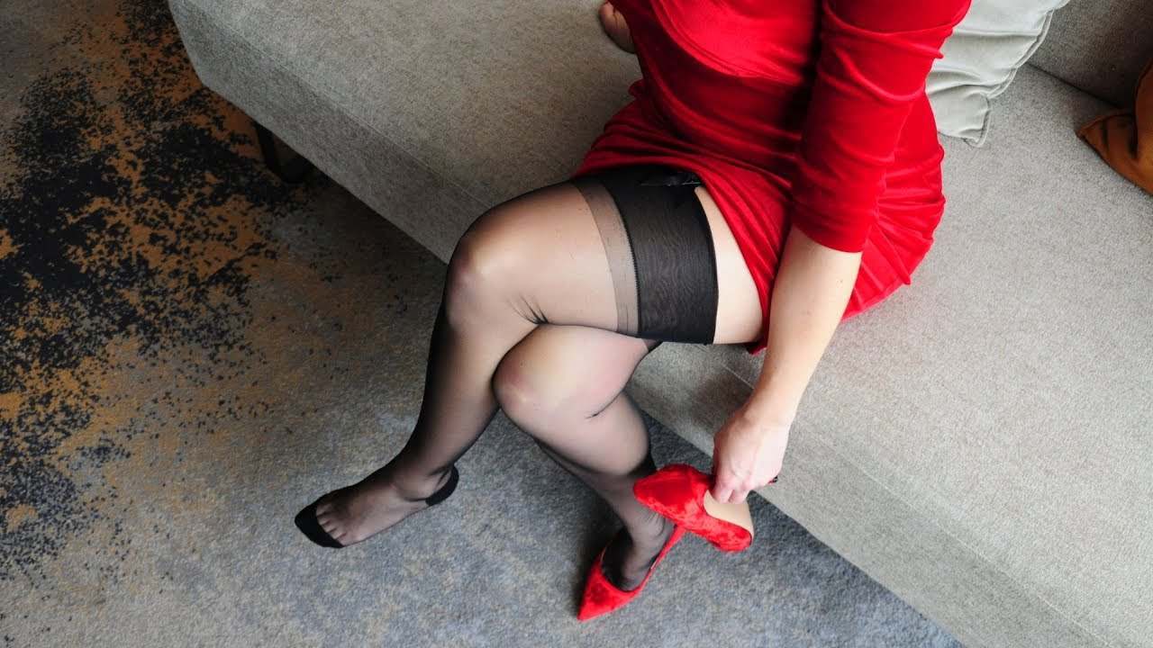 Gio Seamed Stockings and Heels Deluxe
