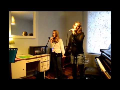 Tu es mon autre . De Lara Fabian et Maurane interprété par Laura et ... d193e94fd5a