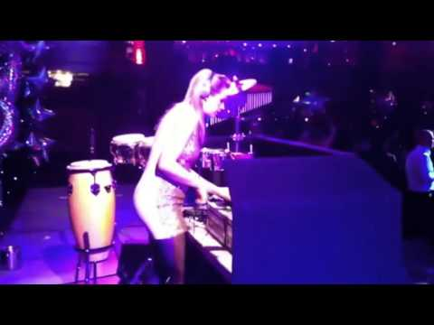 DJ Lyndsay | Live DJ and Percussionist at Corporate Event