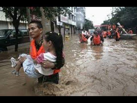 চীনে আকস্মিক বন্যা, আটকা পড়েছে হাজারো মানুষ   China Latest  News Update   Somoy TV
