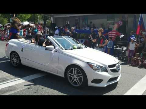 Ms. African-American United in the 2016 Old Town Gaithersburg Labor Day parade