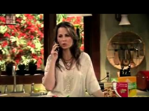 Download Gary Unmarried Season 2 Episode 5 Gary on the Air