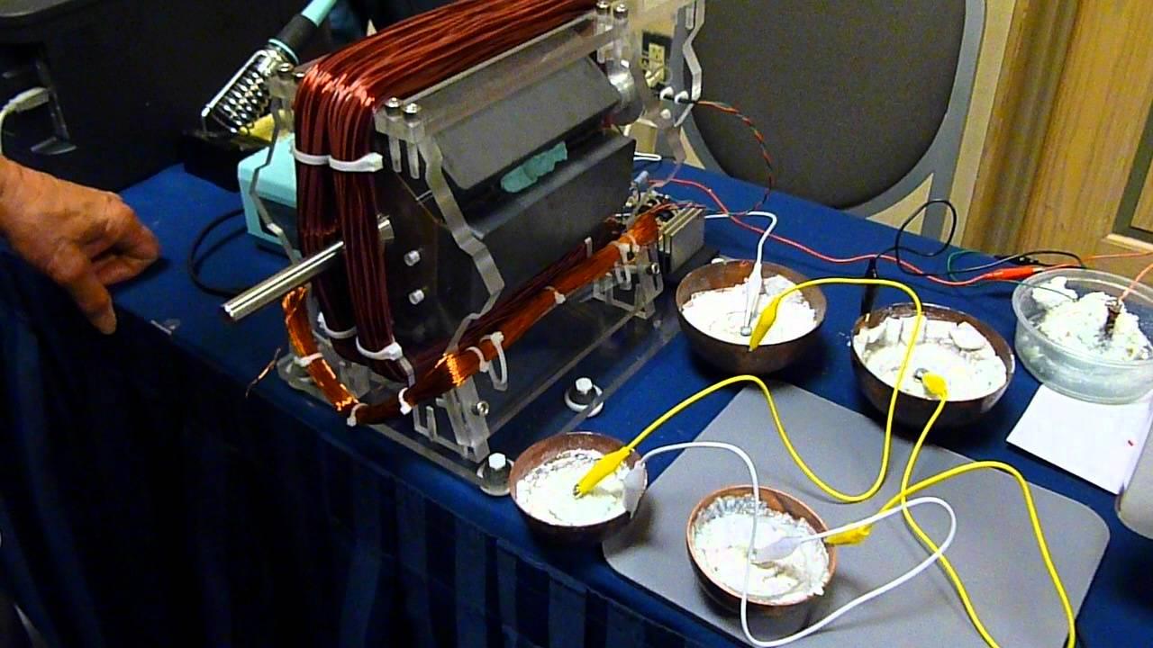 Bedini/Cole Window Motor Running on 4 Crystal Batteries ...