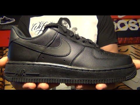 Видеообзор Nike Wmns Air Force 1 07 Black от #SNKRRVWS