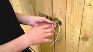 Jak otworzyć zamek bez użycia klucza [spryciarze.pl]