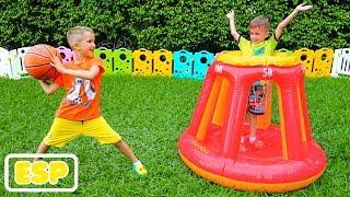 Vlad y Nikita juegan juegos al aire libre y despiertan bebé
