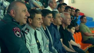 Գրոհում են ոստիկանները  Ֆուտբոլի հուշամրցաշար «Դինամոյում»