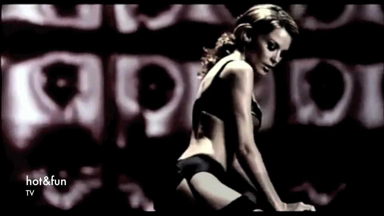 Kylie strip tease