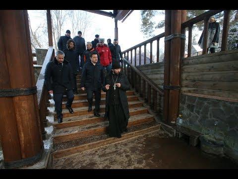 Воробьев осмотрел купель Саввино-Сторожевского монастыря