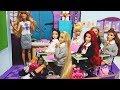 Barbie Rapunzel doll School Morning Routine - Snow White & Ariel School Life -
