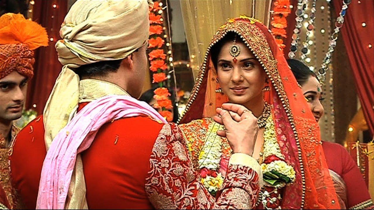 Finally Kumud And Saras Got Married - Saraswatichandra Full Episode -  YouTube