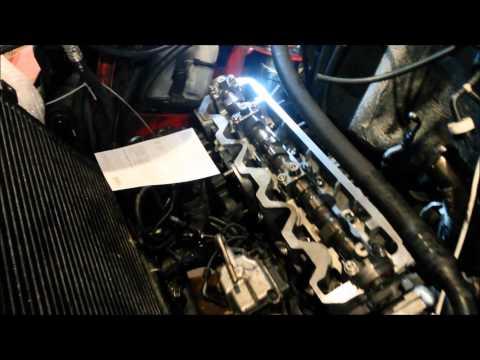 cilinderhead exchange at a VW T4 2.5 TDI engine