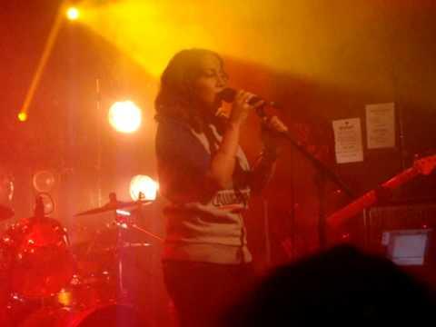 Wallen - Donna - Live au Nouveau Casino