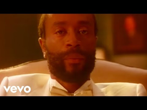 Bobby McFerrin - Don't Worry Be Happy (Official Video)