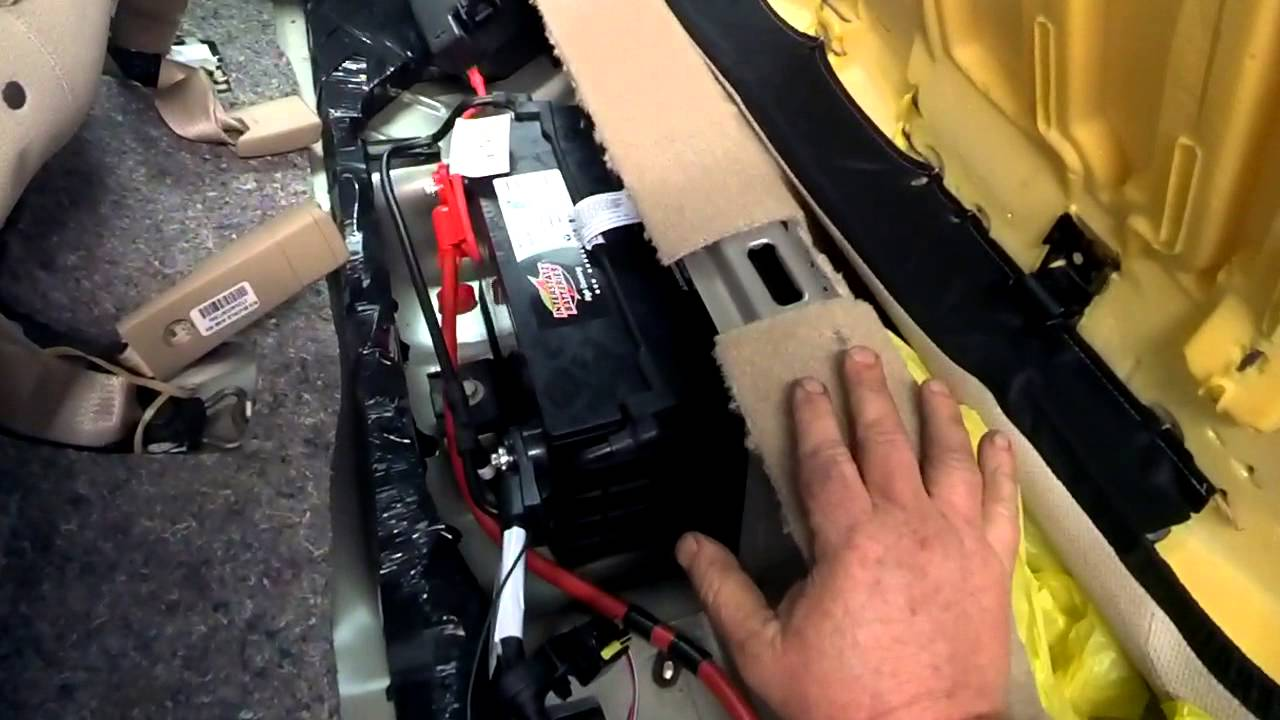 Where Is The Battery Located In A Buick Youtube Fuse Box 99