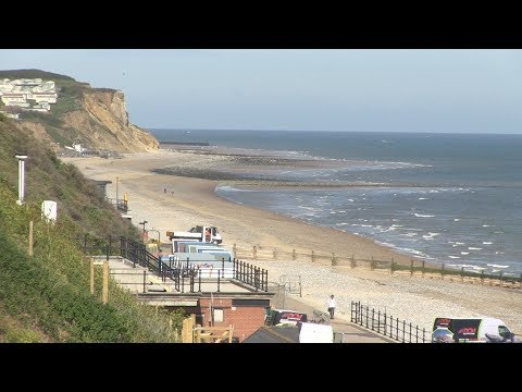 Six beaches in North Norfolk awarded with blue flags