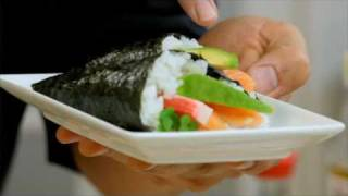 How to make Temaki Sushi - Manu Shows you how to make Temaki