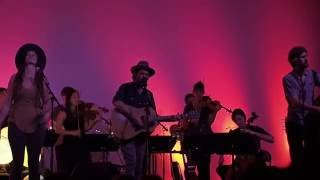 Gregory Alan Isakov : That Moon Song