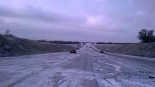 форд сиерра (лысая летняя резина и голоЛЁД))(, 2014-01-22T15:36:23.000Z)