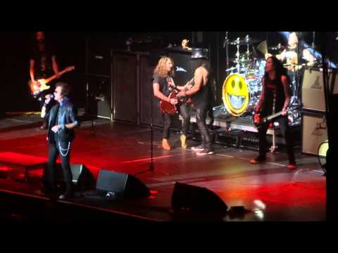 Slash feat. Myles Kennedy & The Conspirators – Burn (Deep Purple Cover) @ The SSE Hydro, Glasgow