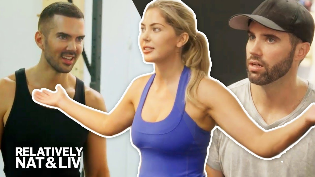 Sophia Pierson Shades Her Brother Owen's Photo Skills | Relatively Nat &  Liv | E!