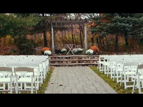michelle-and-thomas's-wedding-day-at-millcreek-barns-in-michigan