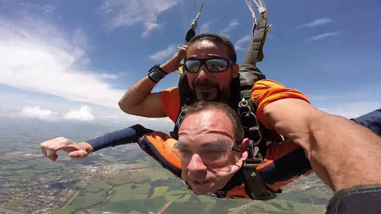 Salto de Paraquedas doThiago T na Queda Livre Paraquedismo 29 01 2017